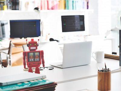 グローバルで次々と誕生!ロボアドバイザー企業の異なる2つのビジネスモデル